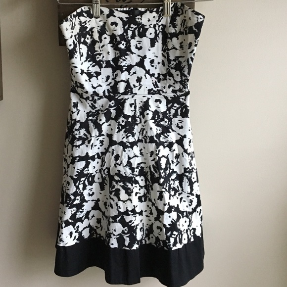 sports shoes coupon code best quality Petite boutique black/White strapless Dress!